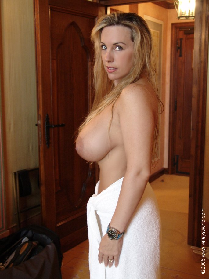 фото голых одиноких мамаш