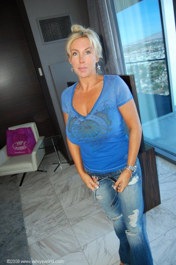 Monroe wi dating women bbw